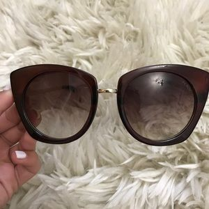 Accessories - Fendi sunglasses